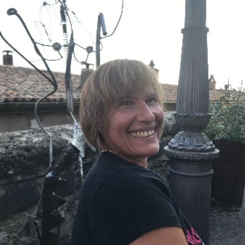 DANIELA LONGIAVE personal trainer certificato ISSA Europe