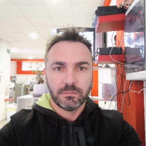 EMILIO MIGLIACCIO personal trainer certificato ISSA Europe