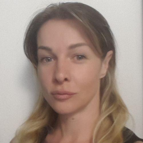 ARIANNA BARBARA BORELLI personal trainer certificato ISSA Europe