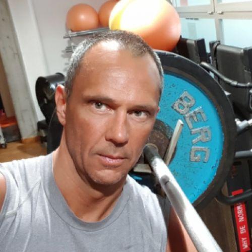 DAVIDE GARDENI personal trainer certificato ISSA Europe