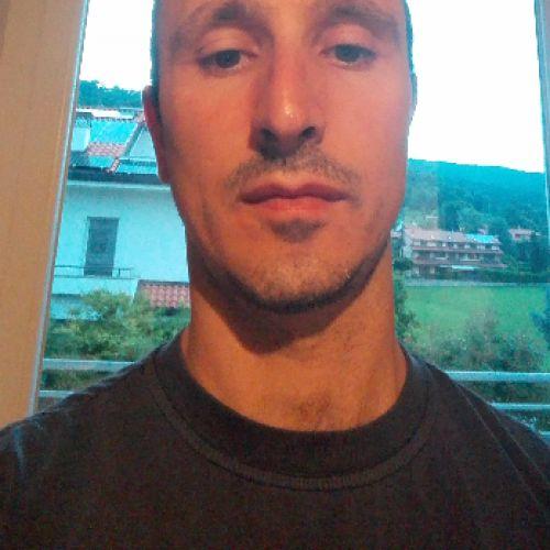 MATTEO BROZZONI personal trainer certificato ISSA Europe
