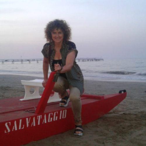 ADRIANA SERALE personal trainer certificato ISSA Europe